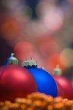圣诞节色的装饰 免版税库存照片