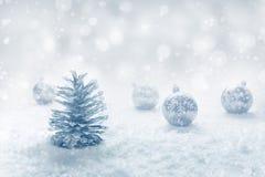 圣诞节节日与装饰品和银色杉木的概念想法 免版税库存图片