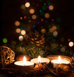 圣诞节蜡烛和光 免版税库存照片