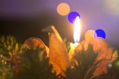 圣诞节蜡烛和树光 库存图片