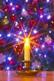 圣诞节蜡烛和结构树 免版税库存照片