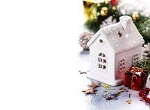 圣诞节蜡烛房子 免版税库存图片