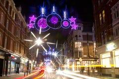 圣诞节街灯和业务量 图库摄影