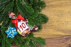圣诞节袋子和一个蓝星 免版税图库摄影