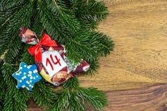 圣诞节袋子和一个蓝星 库存图片
