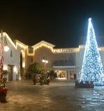 圣诞节装饰和圣诞树 免版税库存照片