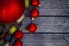 圣诞节装饰品和诗歌选 库存图片