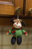 圣诞节装饰品-玩具驯鹿 免版税库存照片