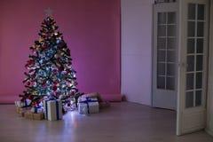 圣诞节装饰圣诞树礼物圣诞节 免版税库存照片