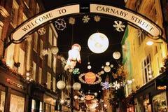 圣诞节装饰在伦敦 免版税库存照片