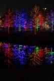 圣诞节装饰在附近地区公园 免版税库存照片