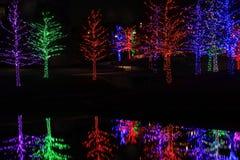 圣诞节装饰在附近地区公园 免版税库存图片