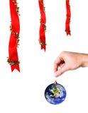 圣诞节装饰地球现有量藏品 库存图片
