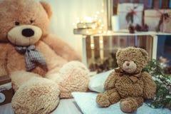 圣诞节装饰玩具熊 免版税库存照片