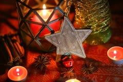 圣诞节装饰生态学木 圣诞树和圣诞节星 免版税库存图片