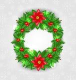 圣诞节装饰用霍莉莓果、杉木和一品红 免版税库存照片