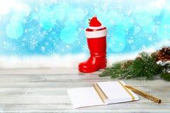 圣诞节装饰背景 从圣诞树的构成 免版税库存照片