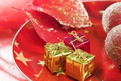 圣诞节装饰表 免版税库存图片