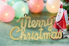 圣诞节装饰,有圣诞节英国字符和圣诞节成象的滑冰的圣诞老人 库存图片