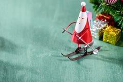 圣诞节装饰,滑冰的圣诞老人 库存照片