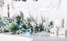 圣诞节装饰,白色房子 免版税库存照片