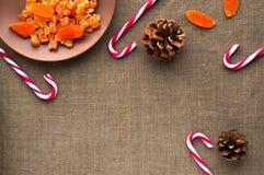 圣诞节装饰:棒棒糖顶视图  图库摄影