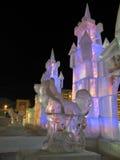 圣诞节装饰:从冰的雕塑。新年。 库存图片