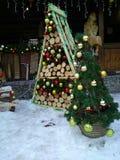 圣诞节装饰结构树 免版税图库摄影