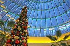 圣诞节购物中心购物 库存图片