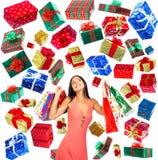 圣诞节购物妇女 免版税图库摄影