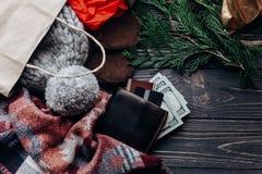 圣诞节购物概念 大销售额 季节性土气背景 免版税图库摄影