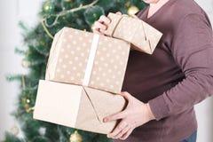 圣诞节赠礼人 免版税库存照片