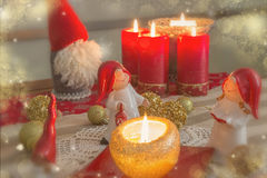 圣诞节金子和红色poscard 免版税库存图片