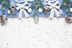 圣诞节银贺卡的装饰背景 库存照片