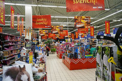 圣诞节销售和折扣在商店 免版税库存照片