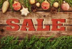 圣诞节销售-葡萄酒海报设计 免版税图库摄影