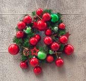 圣诞节门装饰 图库摄影