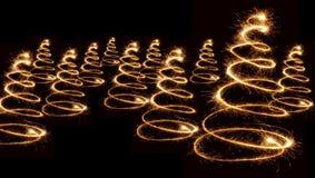 圣诞节闪烁发光物螺旋结构树 免版税库存图片