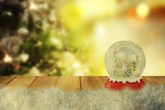 圣诞节雪地球 新年度 库存图片