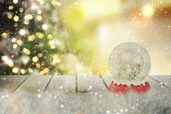 圣诞节雪地球 新年度 免版税库存照片