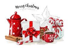 圣诞节静物画,白色礼物盒机智红色丝带,红色茶罐,曲奇饼,有棒棒糖的,肉桂条玻璃瓶子 皇族释放例证