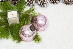 圣诞节静物画有灼烧的蜡烛 库存图片