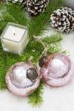 圣诞节静物画有灼烧的蜡烛 免版税图库摄影