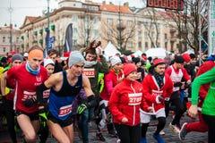 圣诞节马拉松在维尔纽斯 库存照片