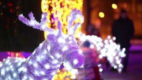 圣诞节驯鹿由蓝色LEDs做成 影视素材