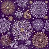 圣诞节黑暗的紫罗兰色无缝的模式 免版税库存照片