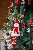 圣诞节结构树装饰特写镜头 库存照片