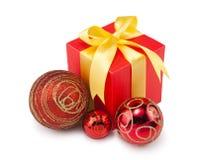 圣诞节balls&gift配件箱3 免版税库存图片