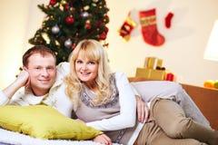 圣诞节cuddlers 免版税库存图片