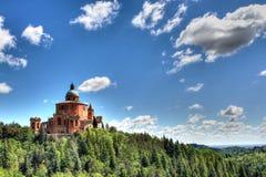 圣路卡圣所,波隆纳,意大利的保佑的维尔京 库存照片